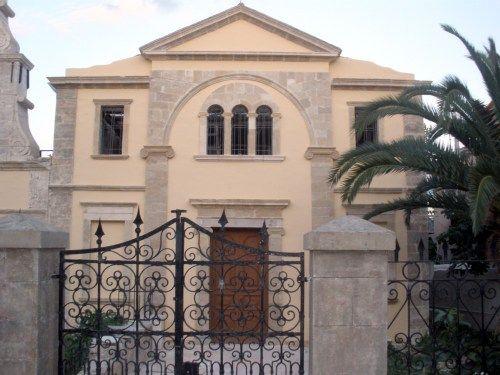 Παναγίας των Εισοδίων στην πόλη της Λευκάδας