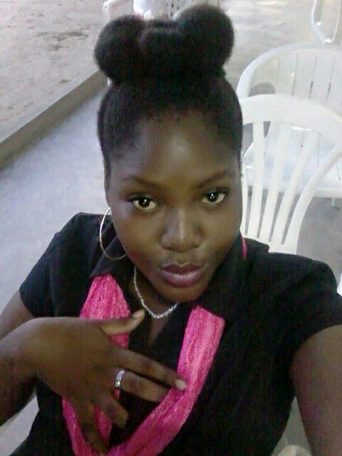 Het haar in een strikje 🎀