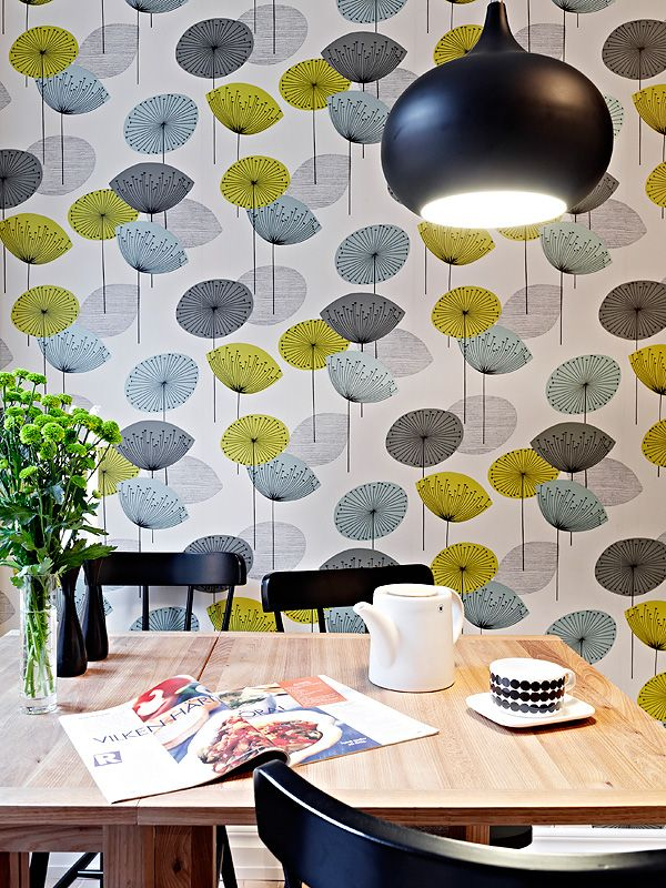 Ahome in Gothenburg, Sweden (from Stadshem, via From Scandinavia with Love) #Sweden #dining #wallpaper