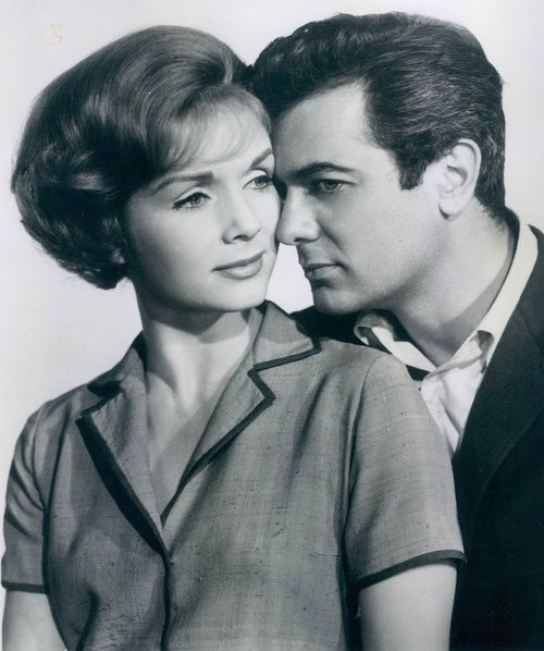 Debbie Reynold and Tony Curtis