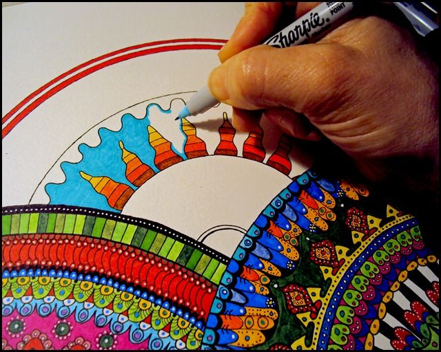 Draw Doodle and Decorate: Circle Mandelas. Lovely stuff, this takes ages to do but the results are really sensational ;)