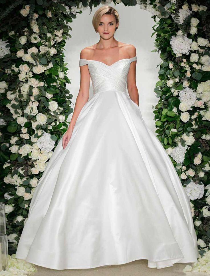 Anne Barge Berkeley, $2,900 Size: 8 | New (Un-Altered) Wedding Dresses