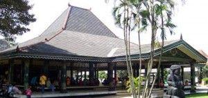 Yogyakarta Special Region Traditional Building : Bangsal Kencono (Kencono Ward)