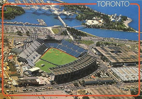 toronto exhibition stadium http://www.blogto.com/city/2014/04/what_exhibition_stadium_used_to_look_like_in_toronto/