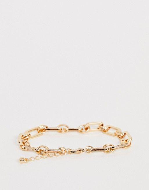 1904fdd832046 DESIGN bracelet in square open link chain in gold tone in 2019 ...