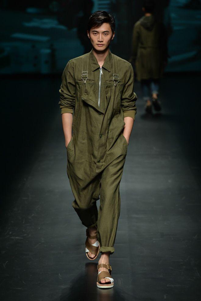 27 best men jumpsuit images on pinterest menswear for Jardineira masculina c a