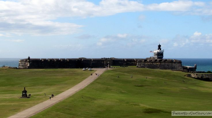 El Morro: Explore a 400 Year Old Fort | Puerto Rico Day Trips Travel Guide