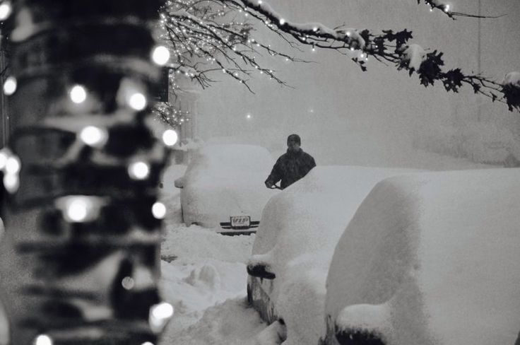 The National Weather Service has upgraded its snowfall total predictions for a considerable chunk of New York City and New Jerseyto24 to 30 inches. The all-time record for Central Park is 26.9 in...