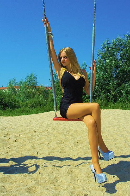 heels escort teen