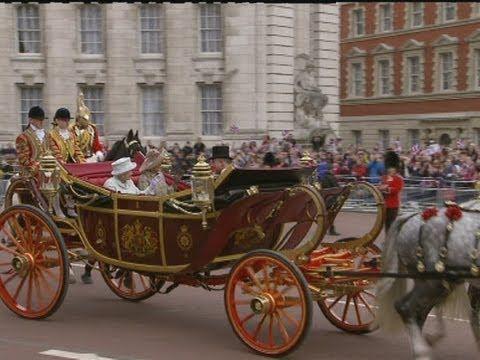 161 best diamond jubilee queen elizabeth images on pinterest british royal families queen. Black Bedroom Furniture Sets. Home Design Ideas