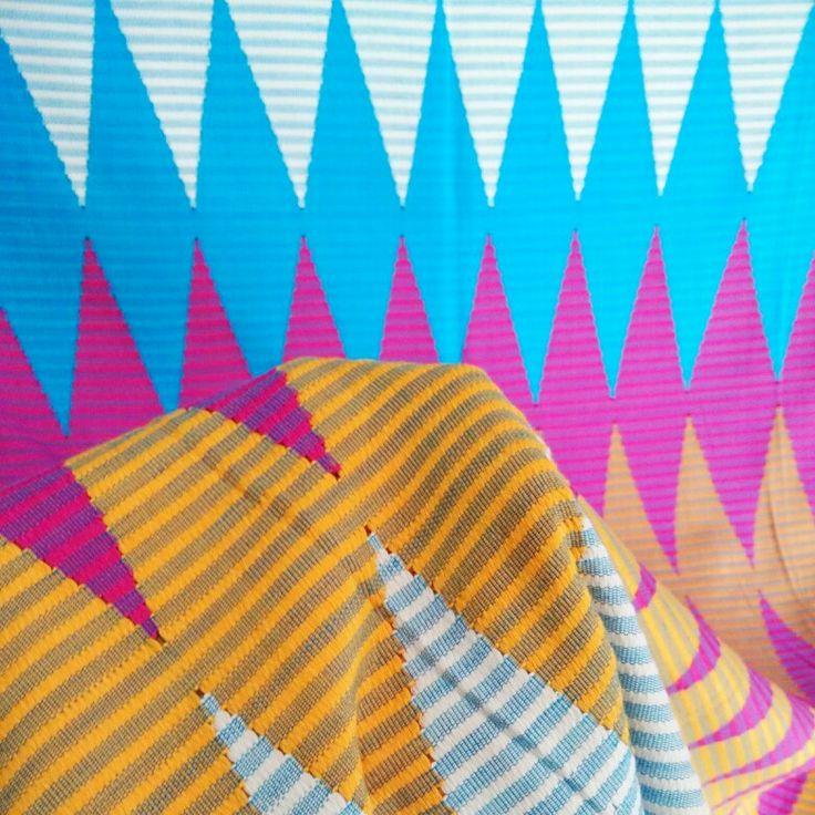 Songket Rangrang Biru Muda Kuning (original, handmade)  Harga: 630,000 Softopening disc. 10% untuk pemesanan melalui Line@ hingga 15 Okt 2015 Ukuran: +- 2 x 1 m  Bisa digunakan untuk kain kebaya atau outwear DIY  Kontak (pilih salah satu): Line@: @gaa2672a whatsapp: 081339870092