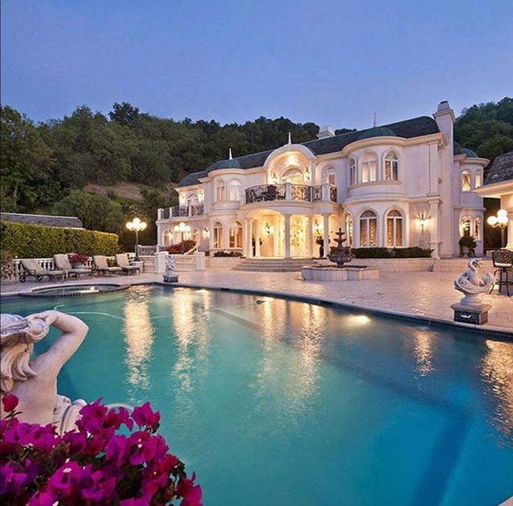 Luxury Pool House: Best 25+ Luxury Mansions Ideas On Pinterest