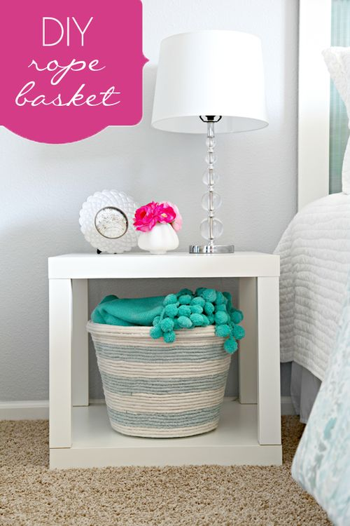 Dollar store laundry basket coveted with glued rope.Diy Home Decor, Ideas, Side Tables, Dollar Stores, Diy Storage Baskets, Diy Ropes, Laundry Baskets, Ropes Baskets, Crafts