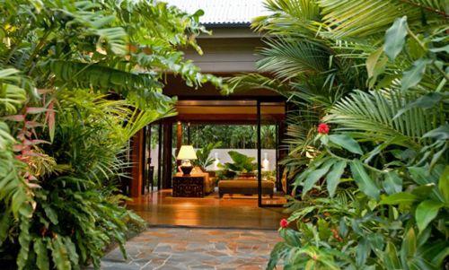 Meryula Luxury Holiday House $1500 p/n Enquire http://www.fnqapartments.com/accommodation-port-douglas/ #portdouglasaccommodation