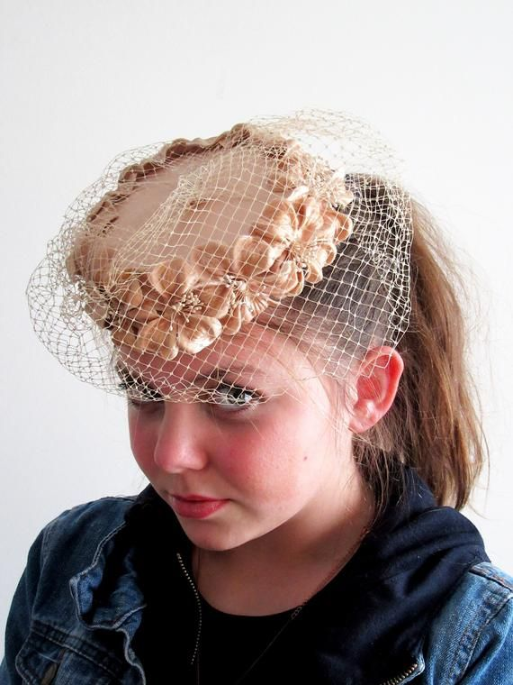 attractive price official store hot products 1950s Beige Floral Fascinator, Millinery Flower Hat, 1950s ...