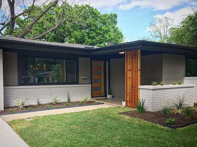 Phenomenal remodel by @trailway_builders Open house today 1-3. Thrilled to be listing this property for them - what an incredible project! 2812 West 50th St Austin TX 78731 www.2812w50th.com MLS 8918831 4bed, 2bath, 1,808 SF , 750k in #rosedale #austintx #austinrealestate #austinrealtor #openhouse #comingsoon #midcenturymodern #mcm #midcenturyranch #frontporch #brickhouse #cedar #ranch #realestate #modern #modernarchitecture #mimimal #exteriordesign