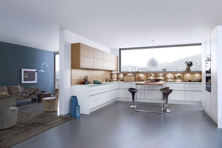 A timeless appearance, modern design and the authentic use of materials characterise the style and expression of a LEICHT kitchen. Something that is..