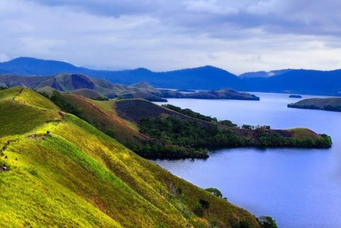 Terbaru 30 Pemandangan Alam Indonesia Beserta Keterangannya 50 Gambar Pemandangan Indonesia Alam Gunung Pantai Laut Download Di 2020 Pemandangan Gambar Danau Toba