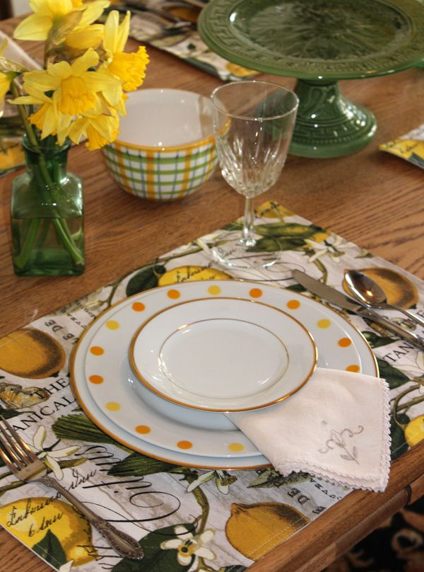 Lemon Print Placemats Yellow And Green Table Mats Table Etsy Lemon Print Green Table Placemats