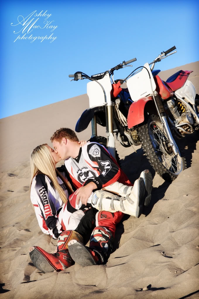 I love dirt biking! This is awesome!