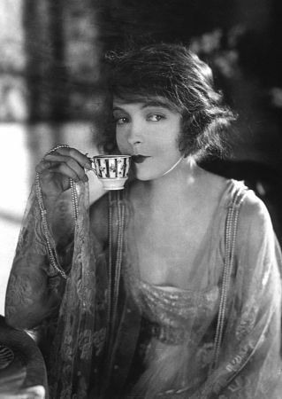 Lillian Gish  in Way Down East, 1920)