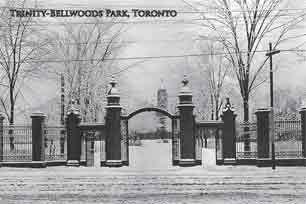 CCT0062 - Trinity College gates, Queen Street West at Strachan Avenue. Toronto, Ontario c1916.