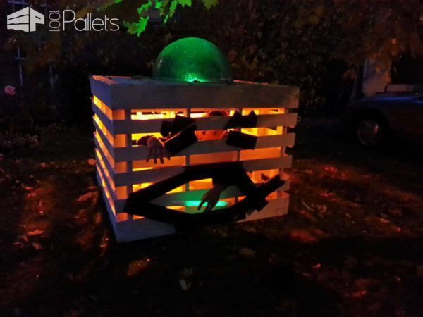Halloween Pallet Pumpkin