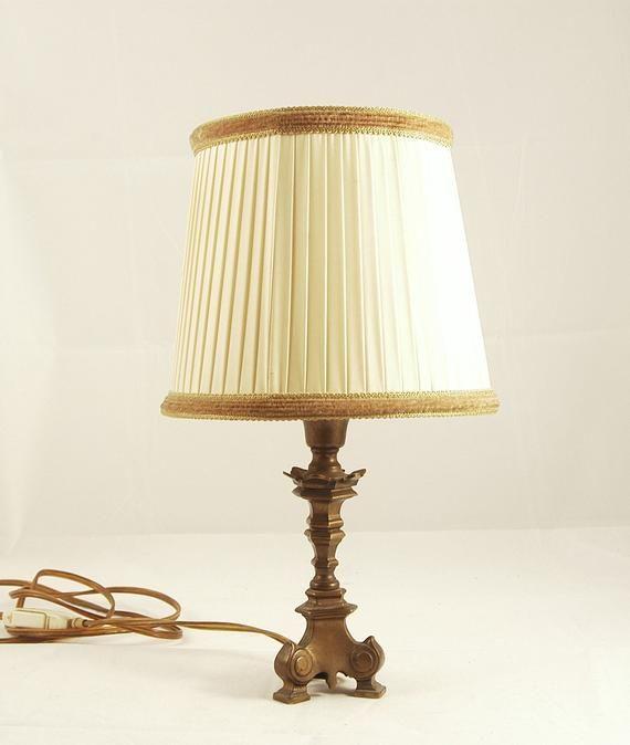 Table Lamp Brass Handmade 1930s Art Deco Embellishment Bauhaus Art Nouveau Dessert Lamp In 2020 Small Table Lamp Table Lamp Brass Table Lamps
