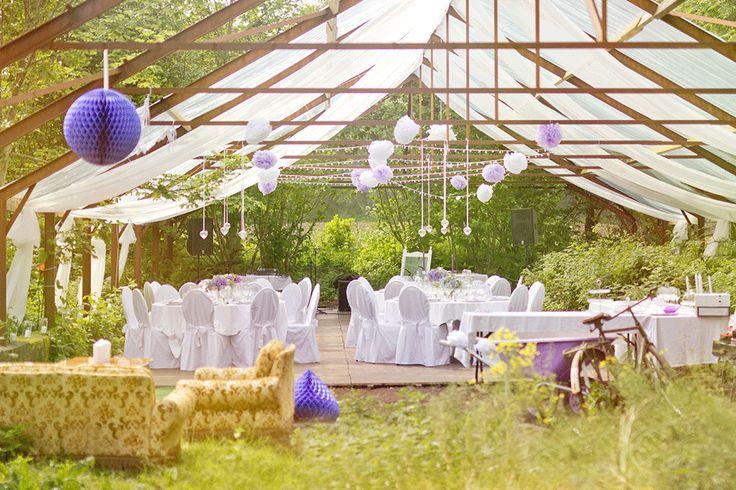 Wedding Decor Inspiration! For momre ideas check out www.smartgroom.com #marqueewedding #weddingdecor #weddinginspiration