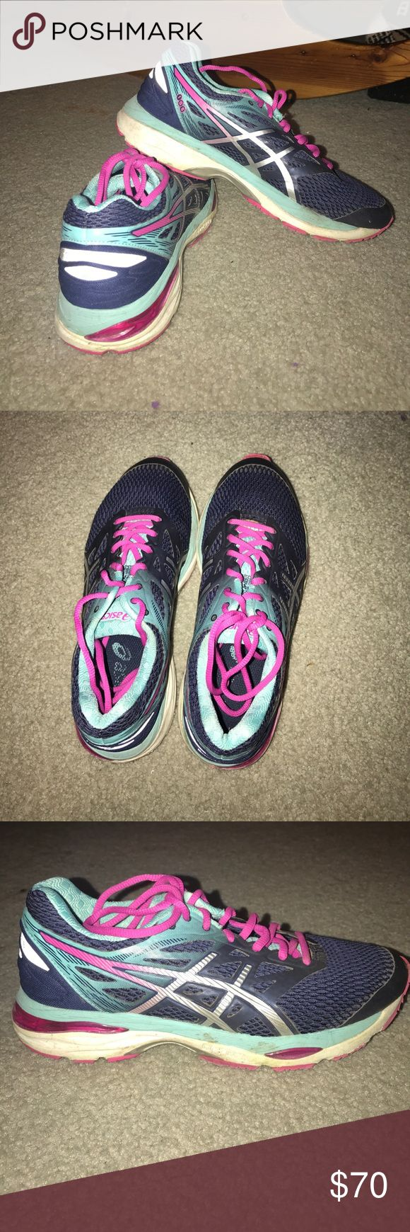 Asics size 7 tennis shoe Asics size 7 shoe, only worn a hand full of times, great condition, very negotiable on the price so please offer! Asics Shoes Athletic Shoes