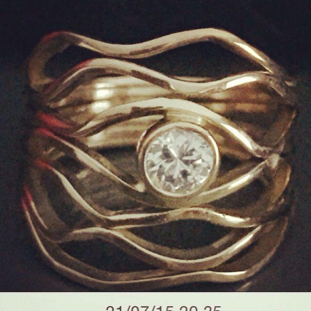 Gold ring, & diamond