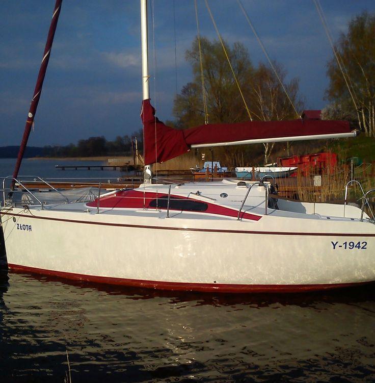Czarter Jachtów na Jeziorze Jeziorak Laguna 730