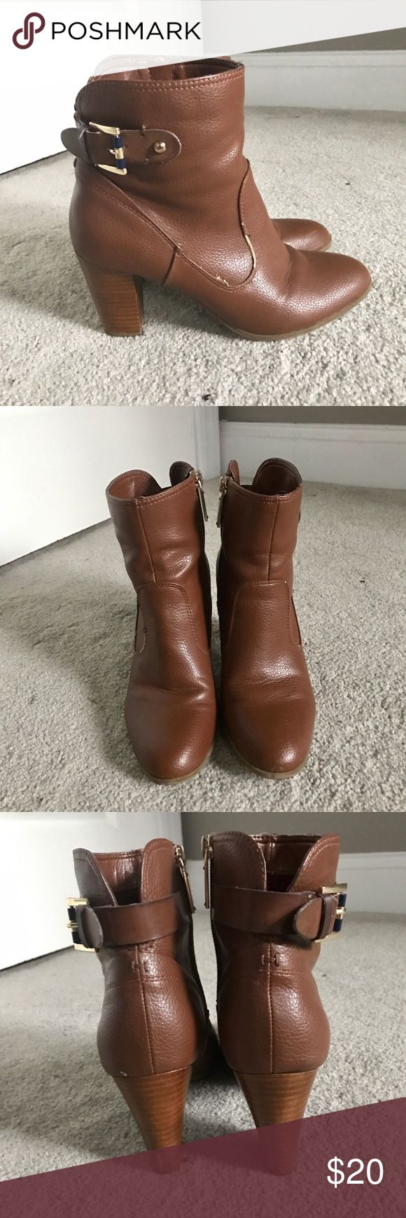 Tommy Hilfiger tan leather ankle booties Good condition with minor unnoticeable flaws. Great tan leather ankle bootie to dress up or down. 3 inch heel. Tommy Hilfiger Shoes Ankle Boots & Booties