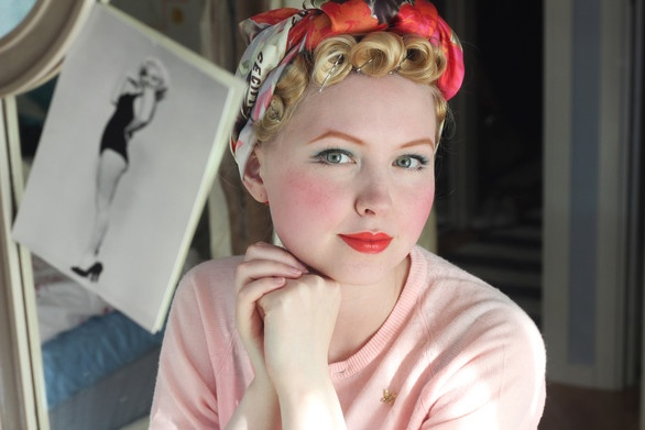 How To Curl Pin Up Hair Hair Pinterest Retro