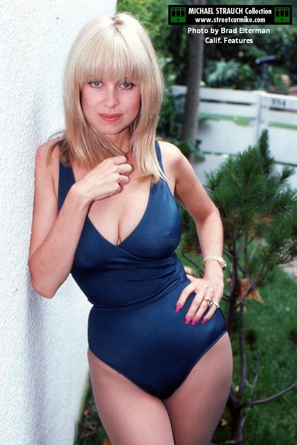 5de01586947 Pin by Wade Cartwright on curvaceous | Older women, Old women, Bikini girls