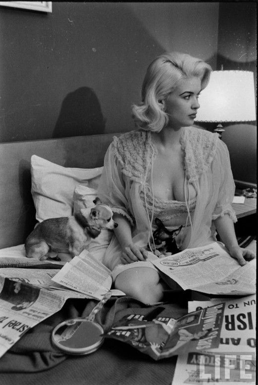 Jayne Mansfield-what is around that dogs neck? this woman was ridiculously smokin'