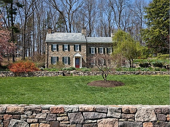 292-year-old stone house Wish we had this much history