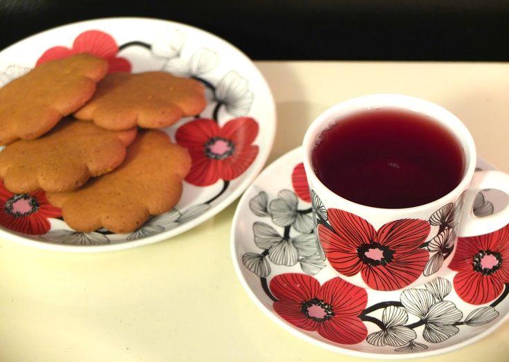 Mansikkatalossa: Joulunodotuksen angstia ja onnea
