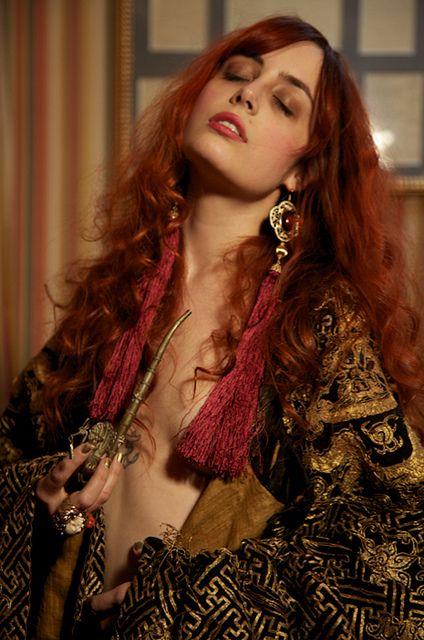 Louise ebel 365 self portraits pinterest ann es 70 - Maquillage annee 70 ...