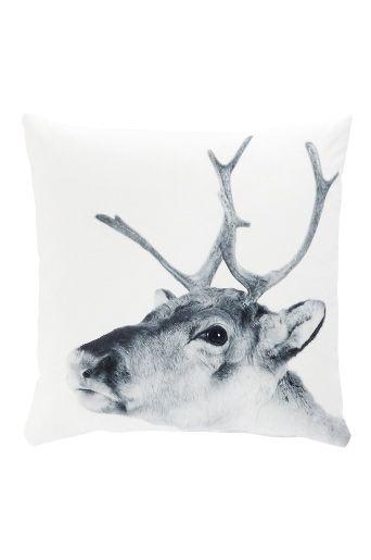 Reindeer decorative pillow