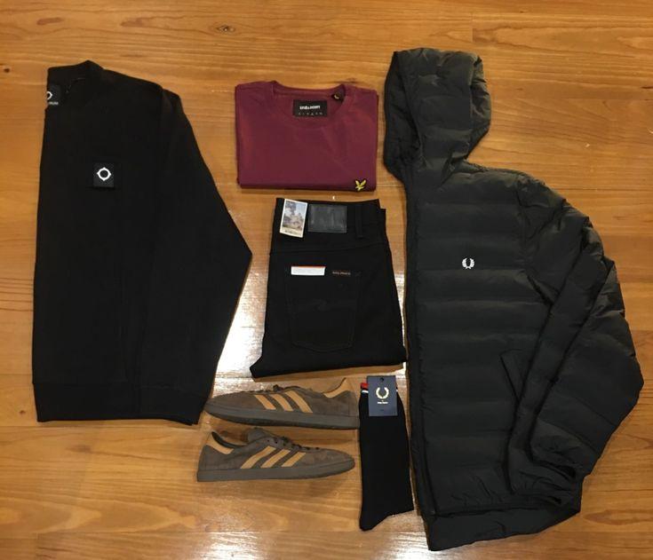 "Blog #RivendelMadrid ""British Outfit Abril"" #fredperry #cazadora #jacket #mastrum #sudadera #sweatshirt #lyleandscott #camiseta #tshirt #nudiejeans #pantalones #denim #adidasoriginals #zapatillas #footwear  #fredperry #calcetines #socks #guardarropa #wardrobe #madrid  http://www.rivendelmadrid.es/blog/"