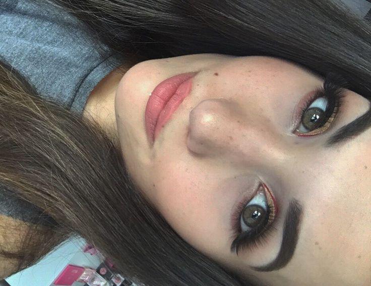 Trucco: Palette: Makeup Revolution, light and shade Ombretto interno occhio: NYX, lingerie gold  Eye liner nero: Essence  Eye-liner rosso: NYX vivid brights  Rossetto: MAC, Kinda sexy -> https://purrbeauty.wordpress.com/ ❤️ #makeup #makeuplover #lovemakeup #makeupoftheday #makeupjunkie #makeuprevolution #mac #nyx #nyxcosmetics #essence #eyeliner #eyebrows #eyelashes #lipstick http://ameritrustshield.com/ipost/1551521817805403308/?code=BWIHN97jzSs