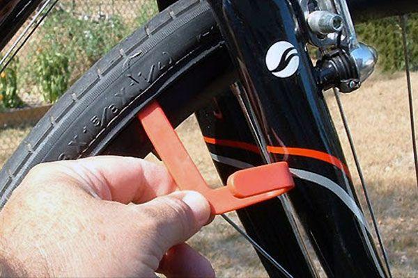 Tire Tool Cobra, le démonte pneu révolutionnaire