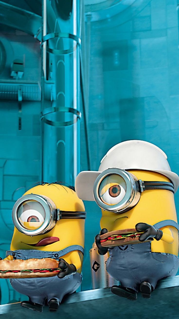 helmet minion in workshop iphone 6 wallpaper for 2014 Halloween - Despicable Me iphone 6 wallpaper
