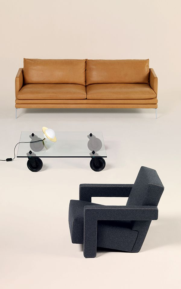 "ZANOTTA, Canapé ""William"" // FONTANA ARTE, Table basse // TOM DIXON, Lampe à poser // CASSINA, fauteuil ""Utrecht"" #LeBonMarche #TBM #mode #fashion #femme #women #homme #men #maison #home #enfants #kids"