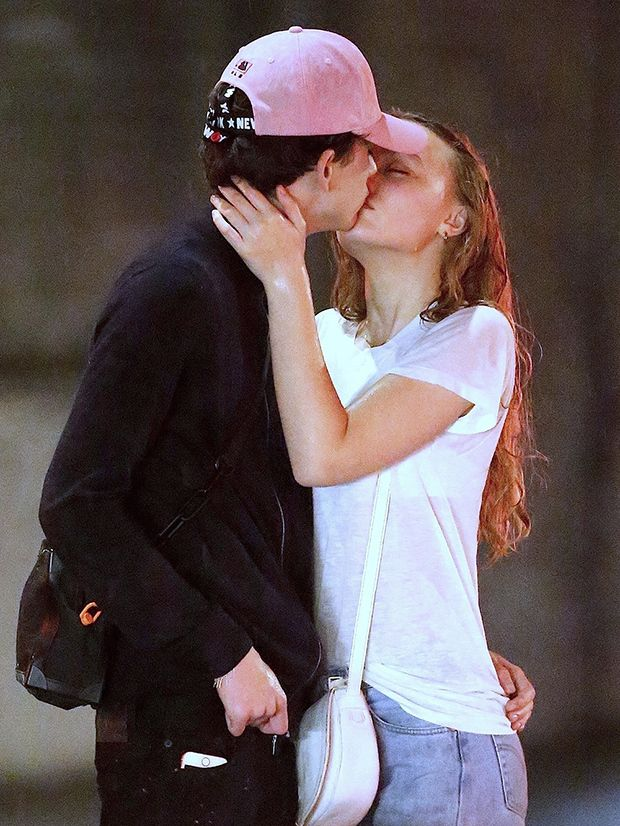 Lily Rose Depp Kisses Bf Timothee Chalamet In Passionate Pda