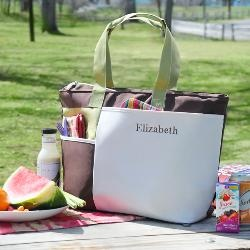 perfect for summer weddingsSummertime Picnics, Travel Bags, Gift Ideas, Totes Bags, Insulators Summertime, Picnics Totes, Mothers Day Gift, Shower Gift, Bridesmaid Gift