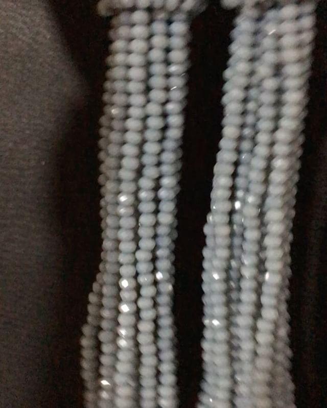 We on Facebook: http://ift.tt/2jRHDjd Beautiful Beaded Jewelry #underbeads by @underbeads Check our #AmazingPhoto WEBSTA: Еще одни невероятной красоты серьги из горного хрусталя для @natali_v888 Цвет очень интересный серо-голубой камера правда немного съела цвет #оскар #оскарделарента #украшенияизбисера #деларента #серьгиоскар #бижу #бисер #браслет #бижутерия #oscar #бисероплетение #бисерноеукрашение #подарок #аксессуары #украшение #украшенияизбисера #oscardelarenta #серьги #колье #мода…