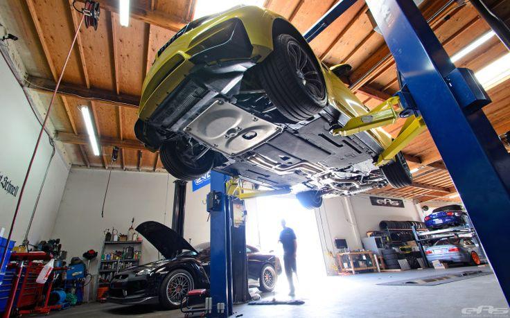 Остин желтый F82 BMW M4 Coupe получает дополнительную мощность