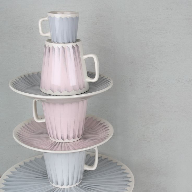 PomPom-astiasarja design Taru Tonder